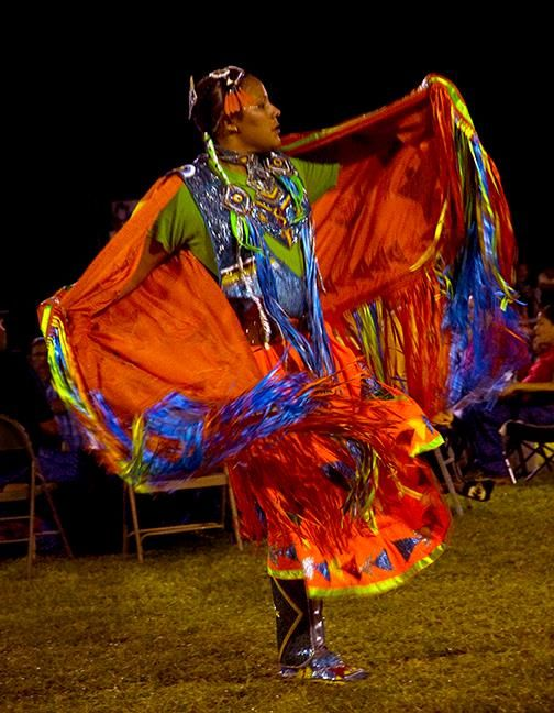 LandisBa-Fancy-shawl-dancer_Photo_9x7