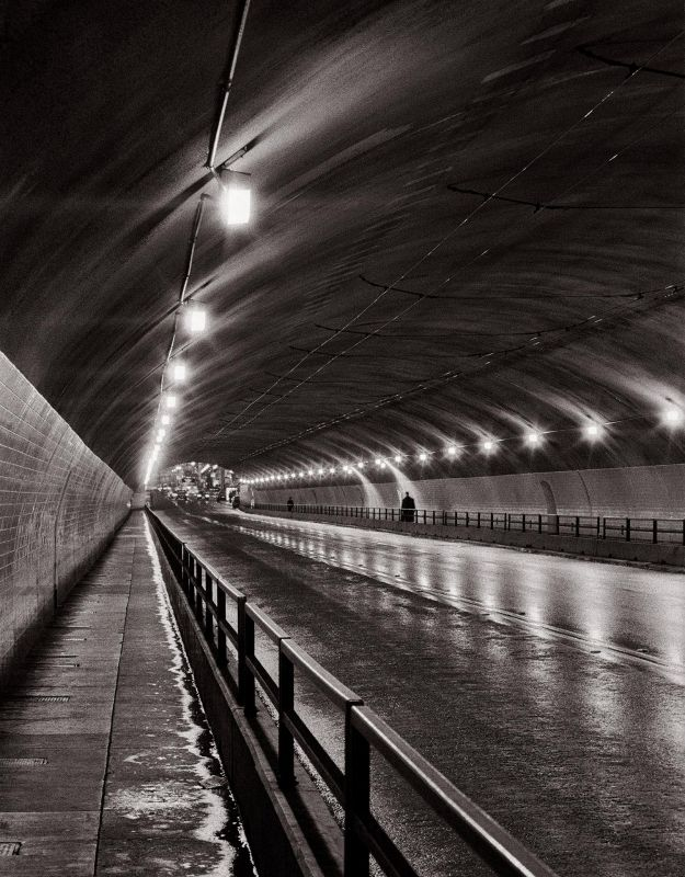1_McGarrahDa-Tunnel-Walk_1