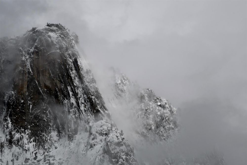 KentTa-Yosemite-from-a-Parking-Lot_PhotoArt_13x17