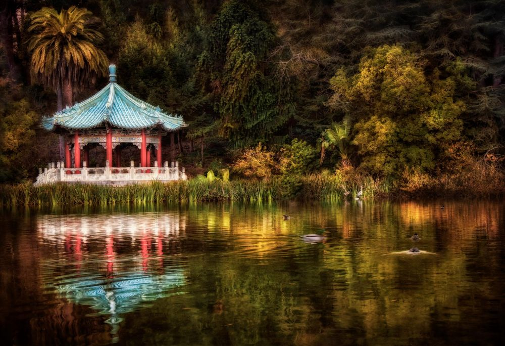 BorrelliPa-Chinese-Pavilion-Stow-Lake_1