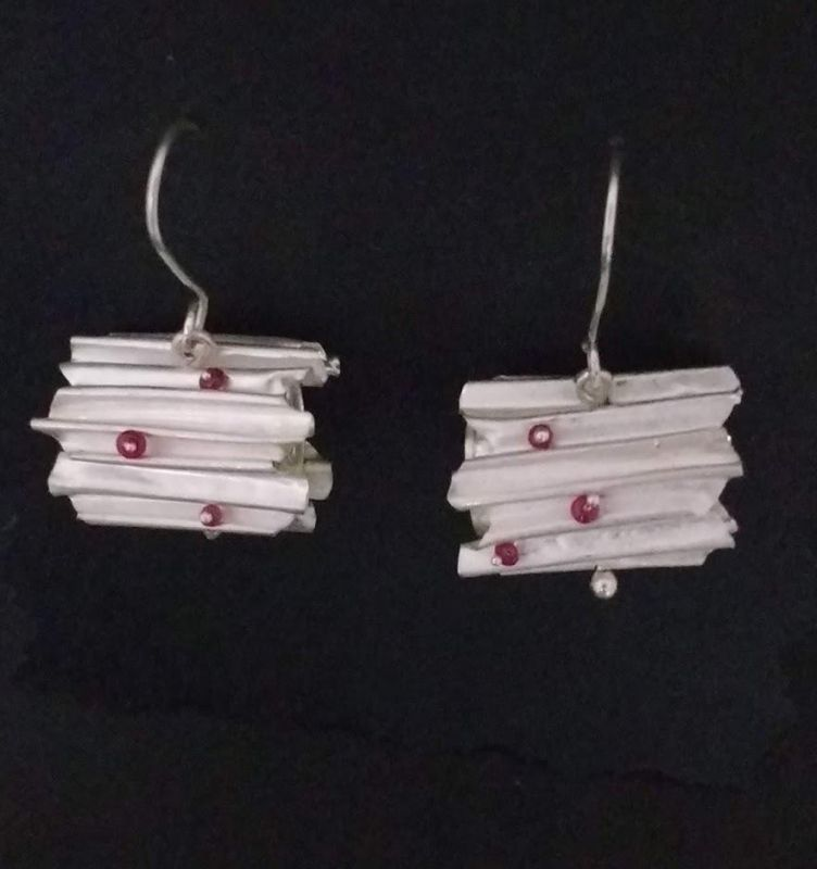 NgJe-Silver-Ruby-Earrings_1