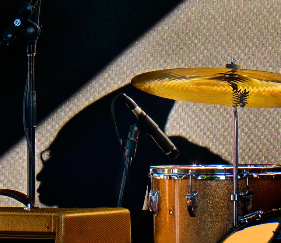Edmonds-matthewjo-THE-DRUMMER_Photo_19x25