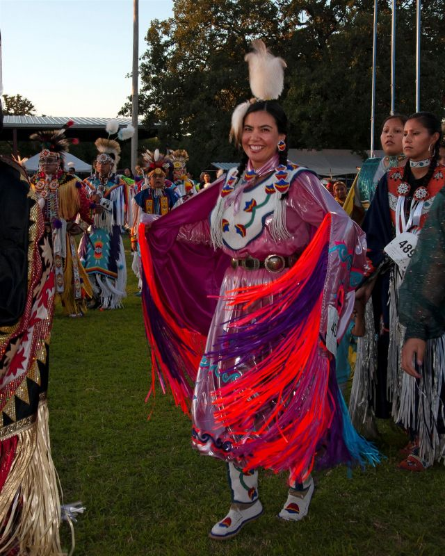 LandisBa-Leslie-at-Sac-and-Fox-Powwow-Grand-Entry_1