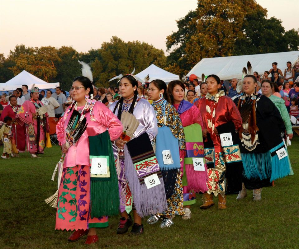 LandisBa-Sac-and-Fox-Powwow-Grand-Entry--Young-Women_1